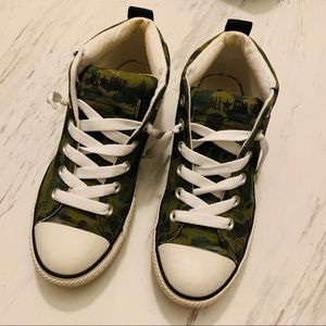 Converse ankle army sneakers